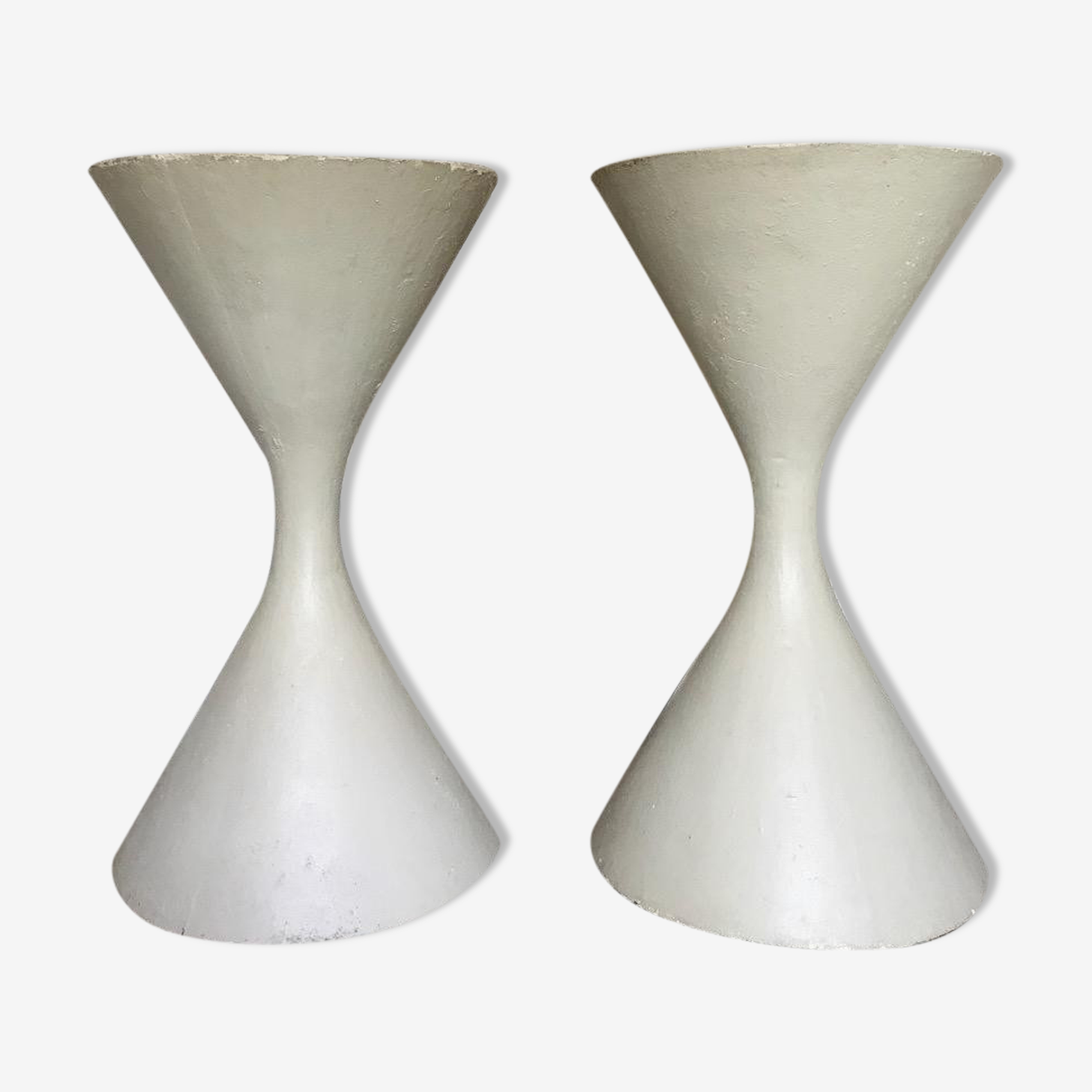 Pair of Anton Bee and Willy Guhl planters for Eternit, created 1951
