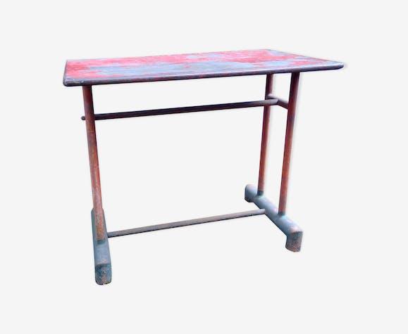 Table de bistrot rectangulaire d'extérieure en métal design industriel années 40-50