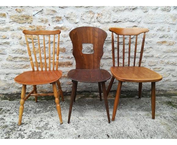 Lot de huit chaises bistrot depareillées