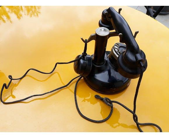 Téléphone à colonne