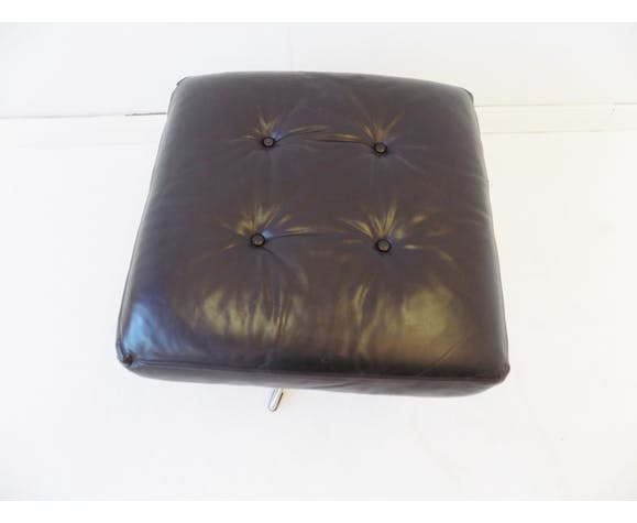 Fauteuil en cuir noir danois avec ottoman des années 70