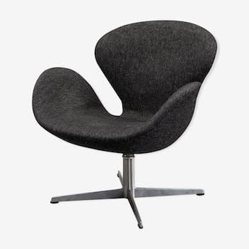 "Fauteuil  ""The Swan"" Arne Jacobsen pour Fritz Hansen"