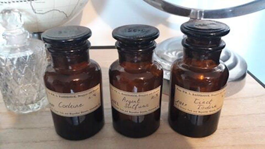 Lot de 3 flacons d'apothicaire 125 ml  codéine, argent sulfuric, tinct iodine
