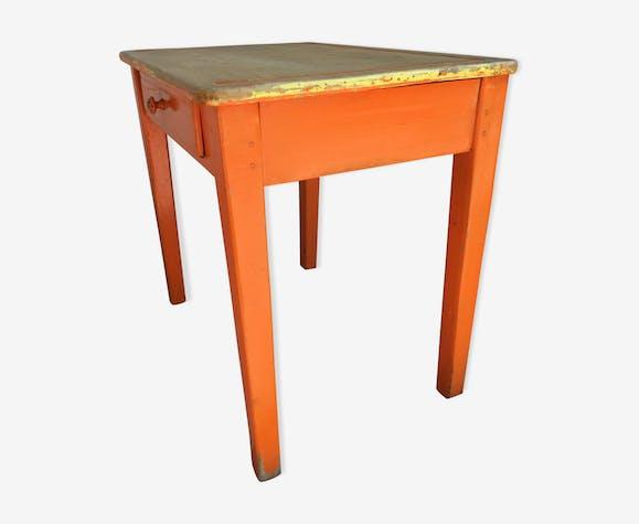 Bureau enfant tout bois piètement orange