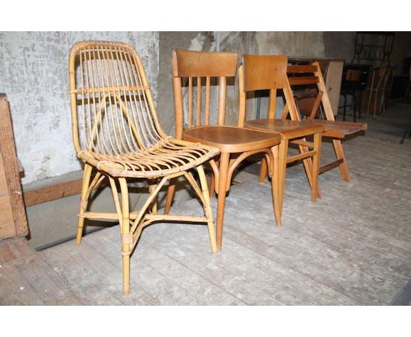 Lot de quatre chaises dépareillées