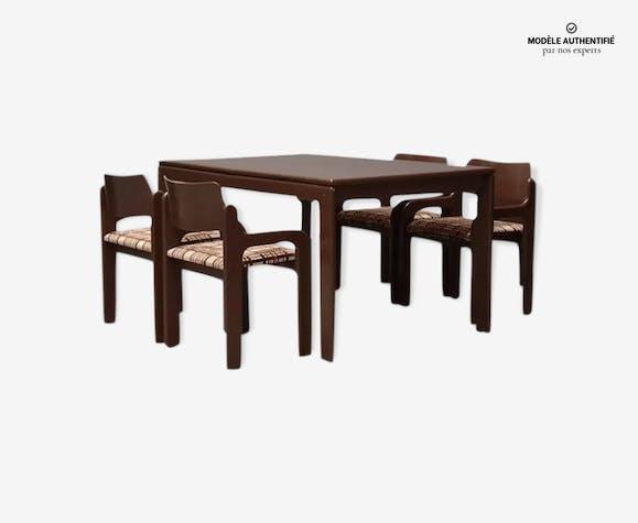 """Table & quatre chaises par Eero Arnio """"Flamingo"""" 1971"""