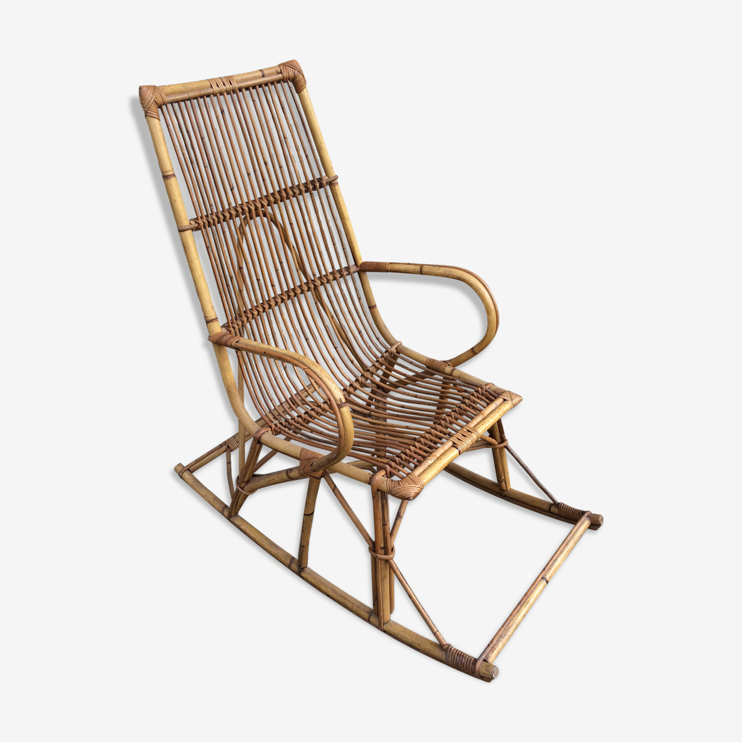 Rocking-chair en rotin