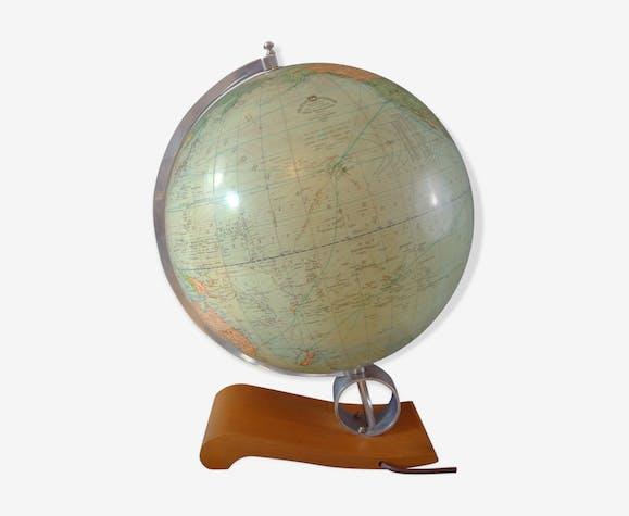 Glass globe with internal lighting circa 1960.