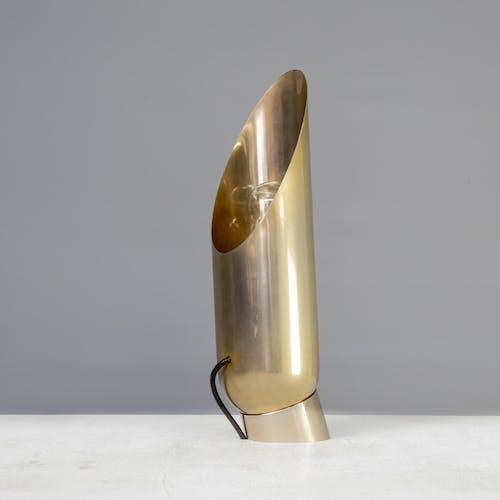 Lampe de table cylindre en laiton des années 80