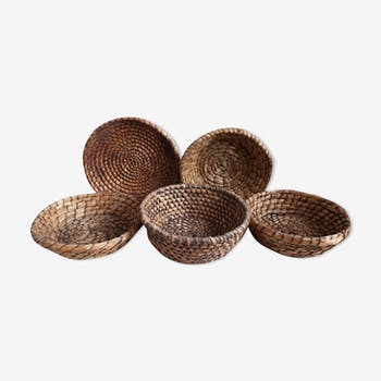 Lot of 5 old straw baskets