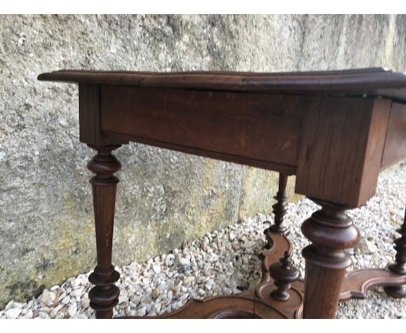 Table de milieu Louis XIII chêne fleurs de lys restaurée