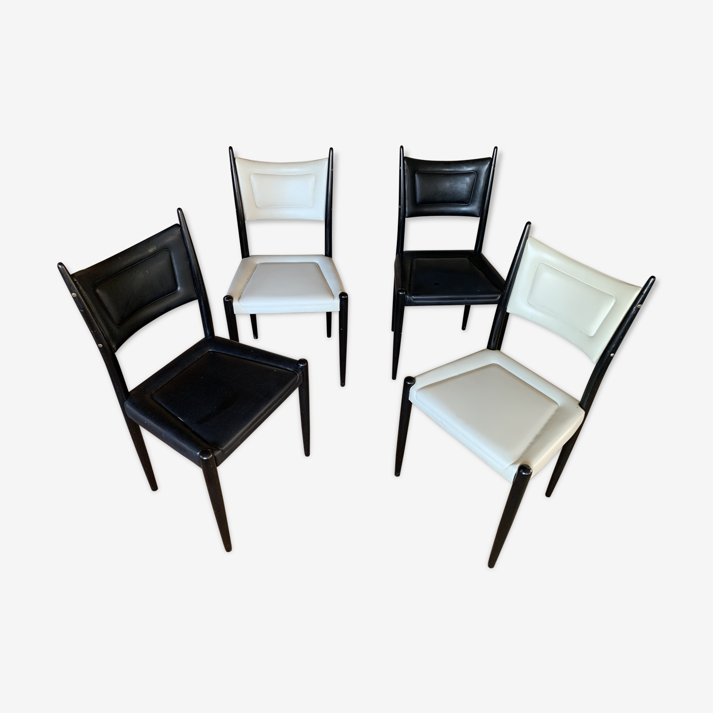 Lot de 4 chaises gplan en skaï