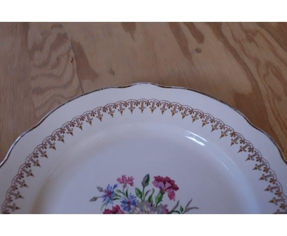 4 assiettes avec motif fleuri central et liseret doré Digoin & Sarreguemine