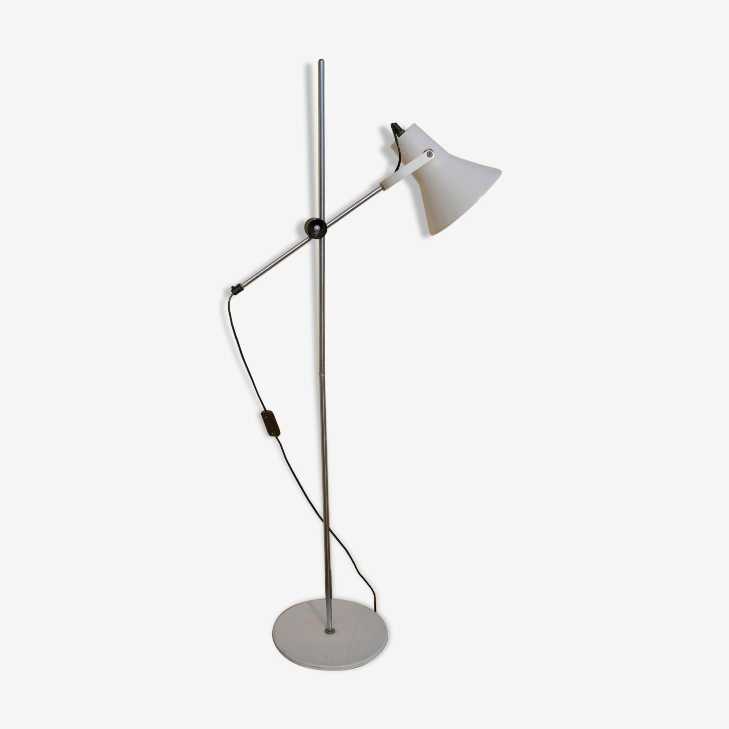 Floor lamp in chrome metal and white, 70 years