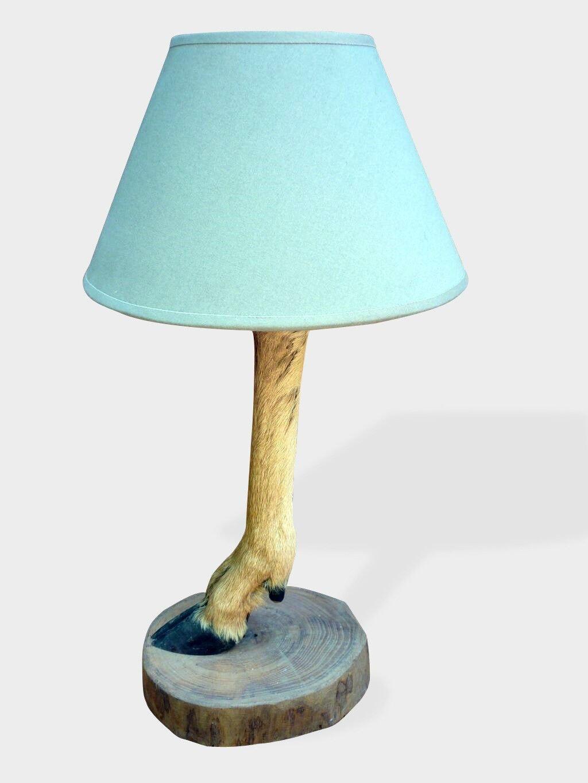 Pied De Lampe Original Patte De Chevreuil Bois Materiau Marron