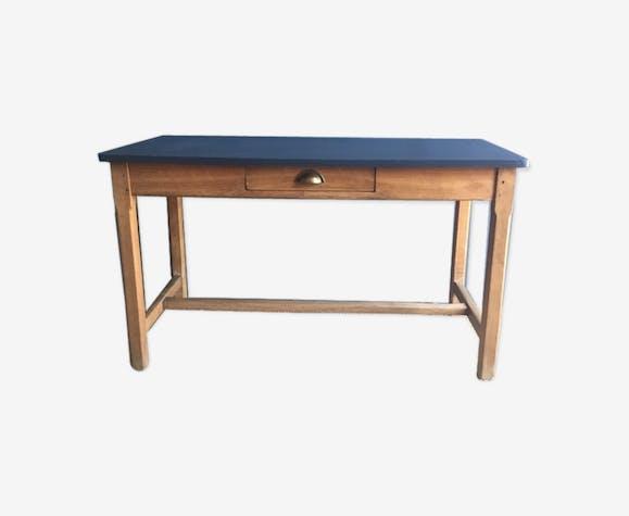 Table ferme plateau gris ardoise - bois (Matériau) - bois ...