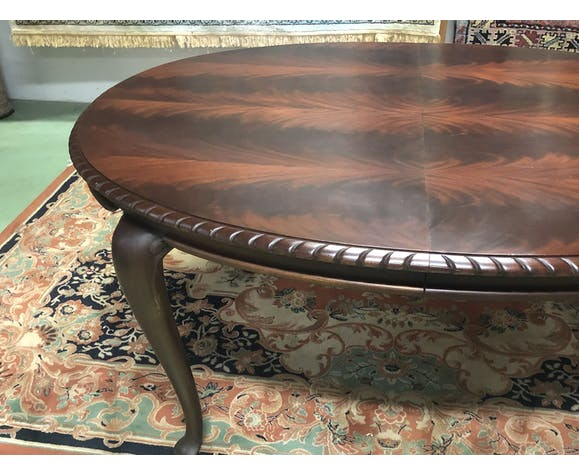 Oval English mahogany table - 1930s
