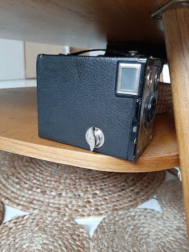 Appareil photo vintage kodak brownie junior six-20