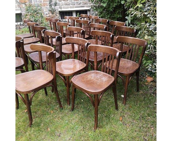 Lot de 24 chaises bistrot