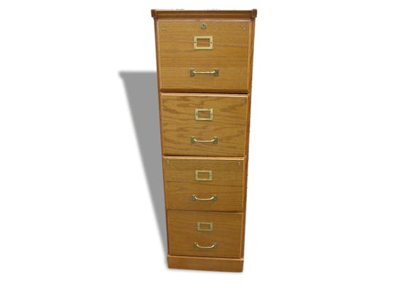 Meuble en bois classeur vintage pour dossiers suspendus for Meuble 2 tiroirs pour dossiers suspendus