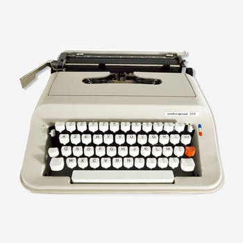 Underwood 319 beige typewriter revised new ribbon