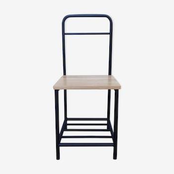 Chaise en métal vintage industrielle
