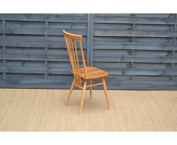 Suite of 4 beech chairs by Lucian Ercolani