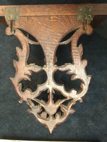 Console d'applique en chêne sculpté de rinceaux