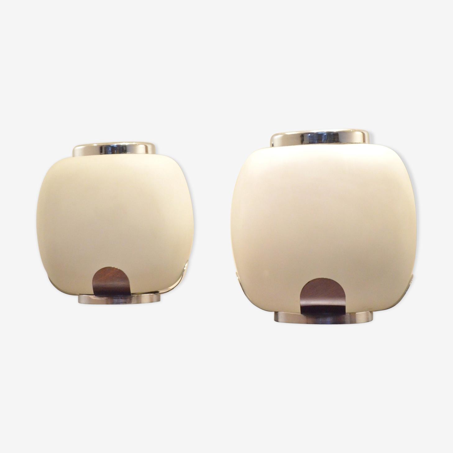 Paire de lampes, vases en verre opaline et chrome par Barbini 1970