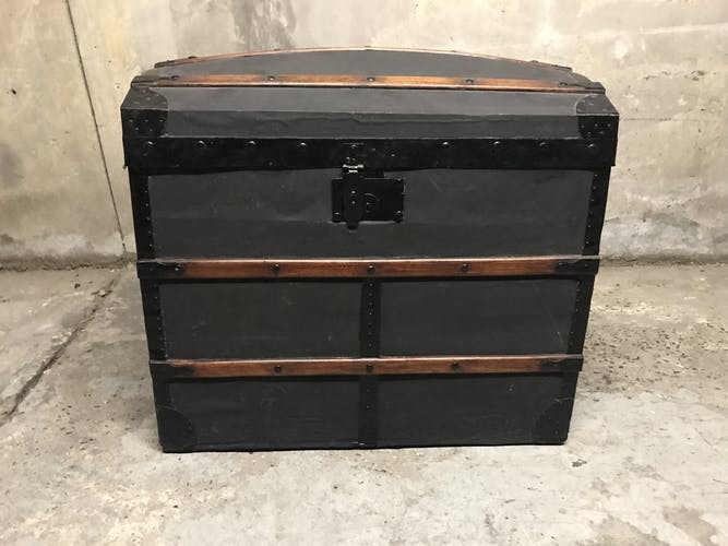 Old storage trunk
