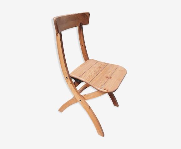 Chaise pliante en pin