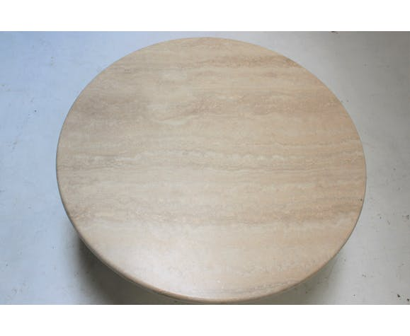 Table basse ronde en travertin