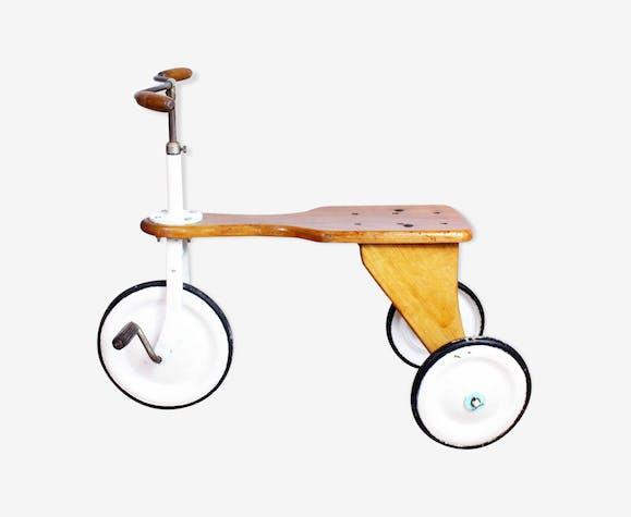 Authentique tricycle pour enfant années 30