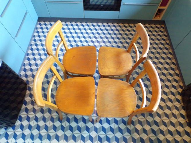 Suite 4 chaises de bistrot Thonet