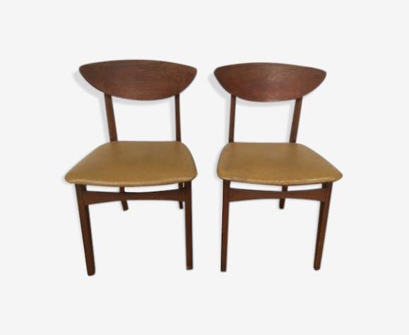 Pair of Scandinavian chairs wood