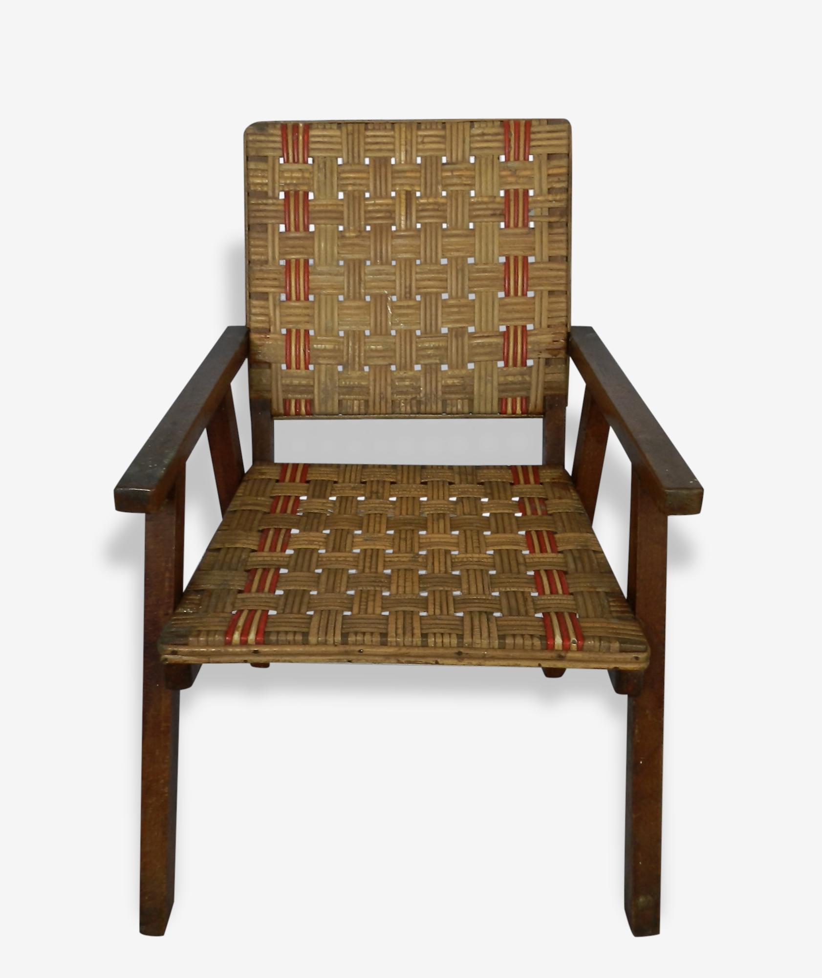 Petit fauteuil vintage et original bois et rotin naturel et rouge