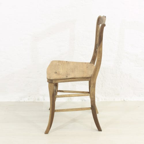 Chaise antiques, vers 1880