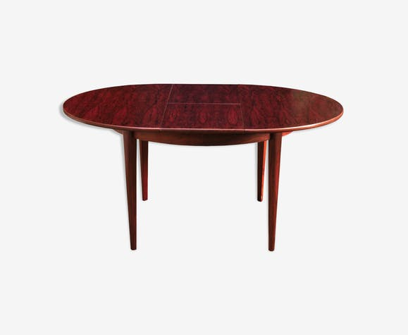 Rio rosewood dining table