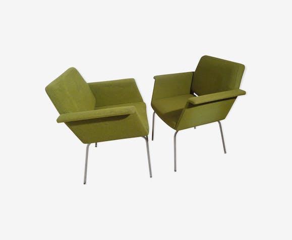 Paire de fauteuils années 60 de marque Vog