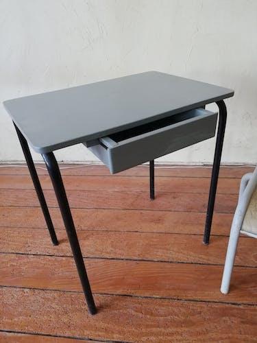 Bureau et chaise pour enfant années 60
