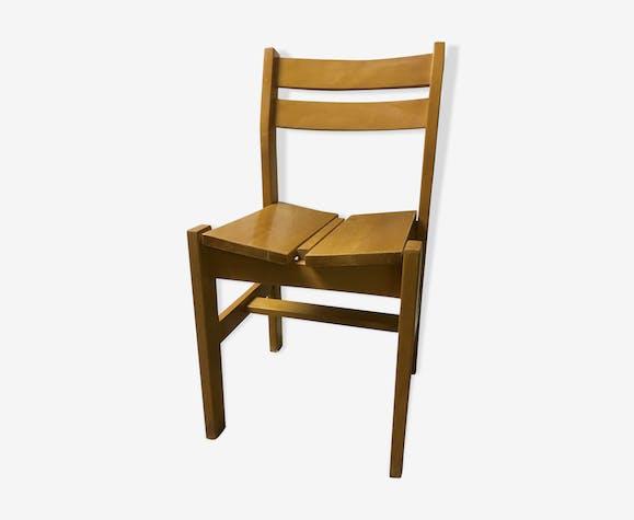 Chaise en bois massif années 60
