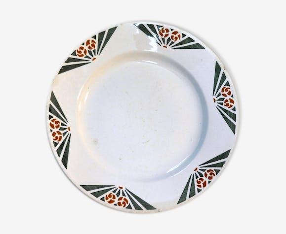 Lot de 6 assiettes anciennes + 2 plats