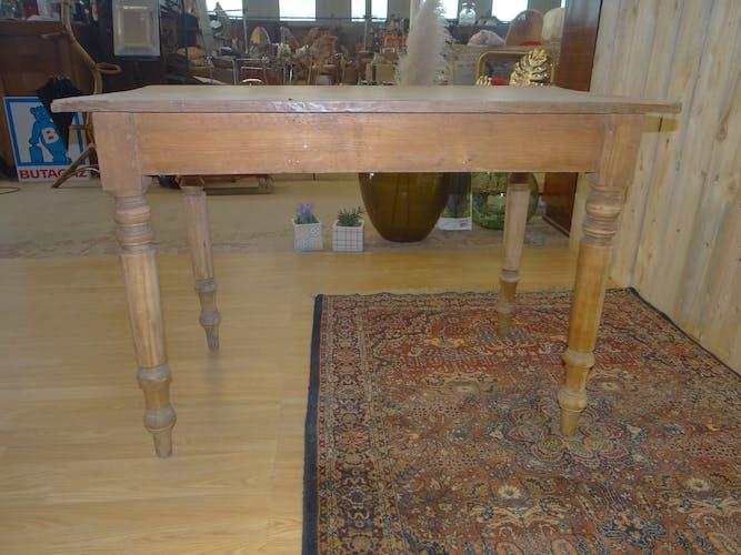 Table ancienne de ferme en sapin