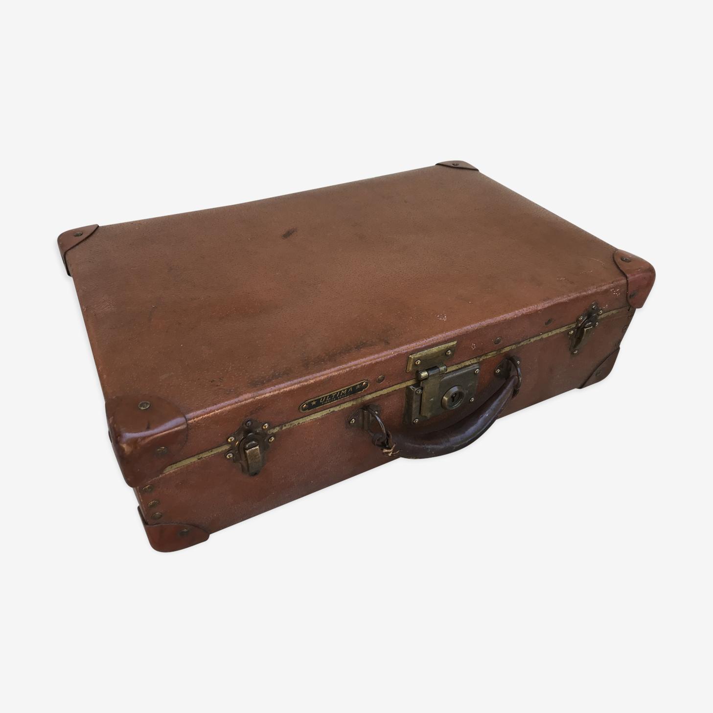 Old suitcase travel ultima brown fiber trunk