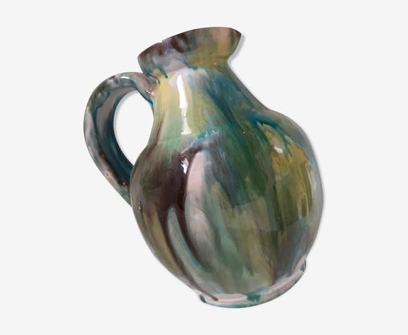 Green enamelled pitcher, 70s