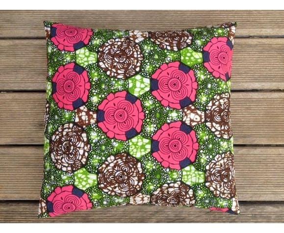 Housse de coussin en wax africain fleurs roses marron  40x40cm