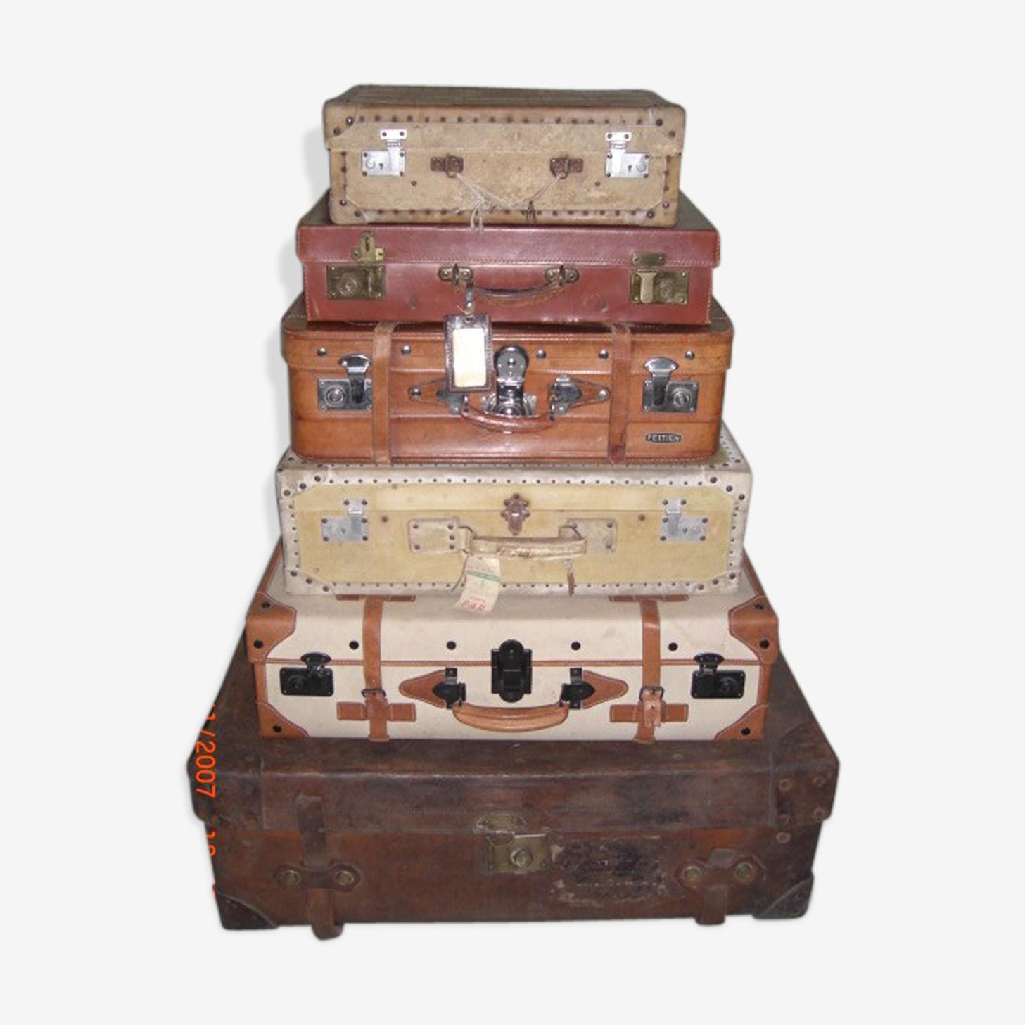 Set de 6 valises anciennes