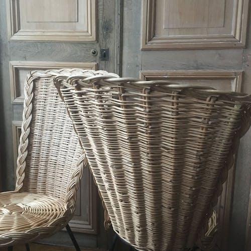 Lot  de 2 chaises en rotin 1960