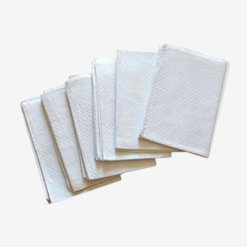 Lot de 6 anciennes serviettes de table damassées