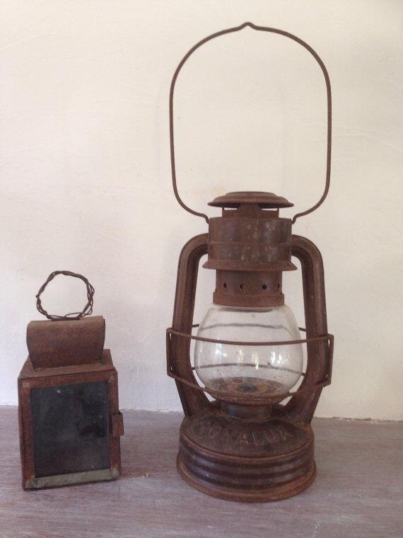 Ancienne Lampe Tempete Lampe A Huile Royalux Metal Marron